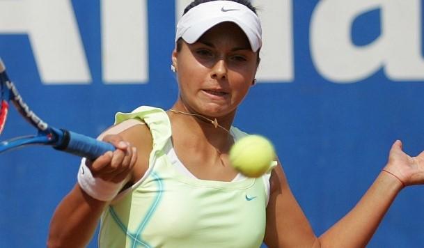 Виктория Томова отпадна на полуфиналите на турнира по тенис в Кан-сюр-Мер (Франция) bet365